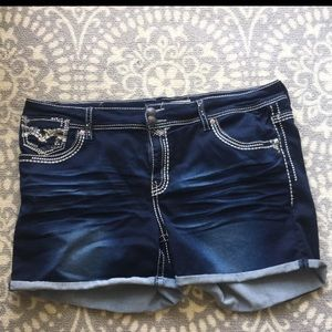 Plus Hydraulic Jean shorts (Size 26)